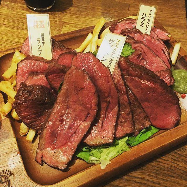 ひさびさのトロット😍おにくにくー🍖 #新宿 #shinjuku #西新宿 #大衆ビストロtorotto #torotto #トロット #肉バル #華金 #ザブトン #ハラミ #ランプ #にく #肉 #meat #肉肉肉 #肉スタグラム #女子会 #華金