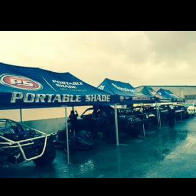 Thanks to Portable shade Dune Bike and SRG Motorsports are staying dry in these wet and windy conditions. Stay safe on the roads today everyone! #dubai #rain #srgmotorsports #Dunebike #portableshade