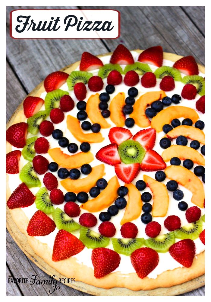 Sugar cookie crust, cream cheese frosting, and fresh fruit... what could possibly be better?