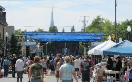 Favourite Kawartha music club, pub or festival:    The Hootenanny on Hunter Street