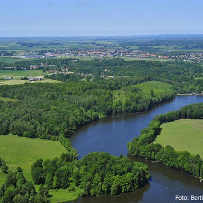 Utmed Rönne å, på gångavstånd från Klippan, finns ett strövområde med mycket stora naturvärden. Rönne å bildar en damm vid Forsmöllan. Kring den finns