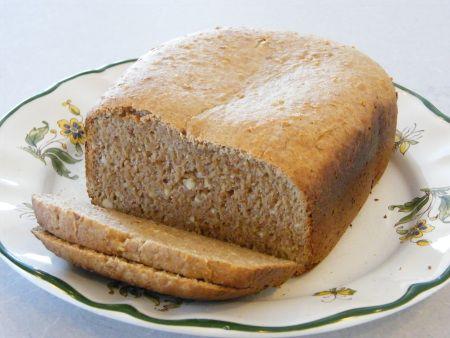 almondspeltbread, met amandel pulp. Kan in een broodmachine!!