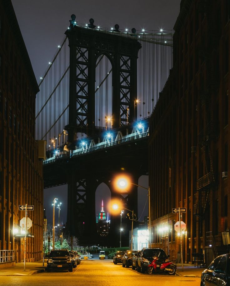 Washington Street Brooklyn New York City by Pavel Bendov @imxplorer | newyork newyorkcity newyorkcityfeelings nyc brooklyn queens the bronx staten island manhattan