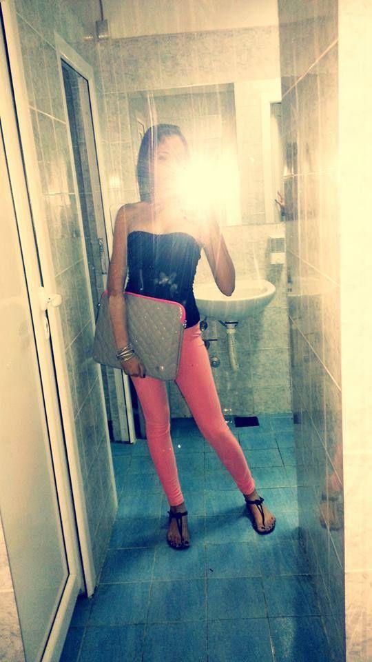 #me #pool #nightout #BershkaBag #crazy