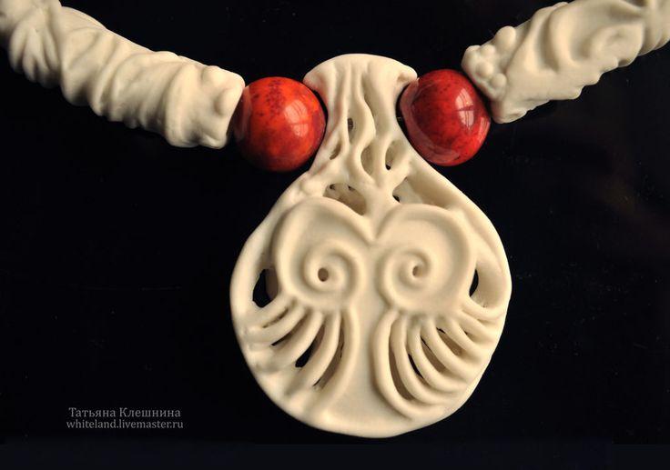 """Купить Фарфоровое ожерелье """"Белое и красное"""" , ожерелье ,серьги. - белый комплект, украшение белого цвета"""