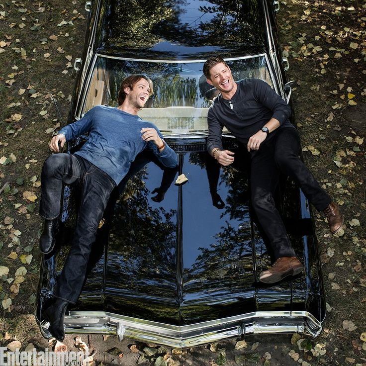 Entertainment Weekly @EW  Moose + squirrel + Baby = one happy #SPNFamily.