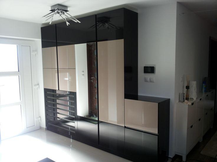 Mobila hol cluj.Executam mobilier personalizat in Cluj Napoca vizitati site-ul: http://mobilier-personalizat.webs.com/