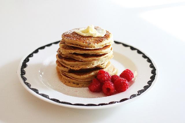 sneaking healthier ingredients into your kids' food by AMM blogKids Breakfast, Brown Sugar, Amm Blog, Pancakes Raspberries, Breakfast Photos, Nom Nommm, Whole Wheat Pancakes, Kid Foods, Kids Food