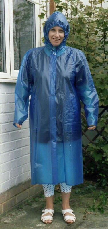 Pin van Wolle 64 op Rainwear - Plastic raincoat, Pvc ...
