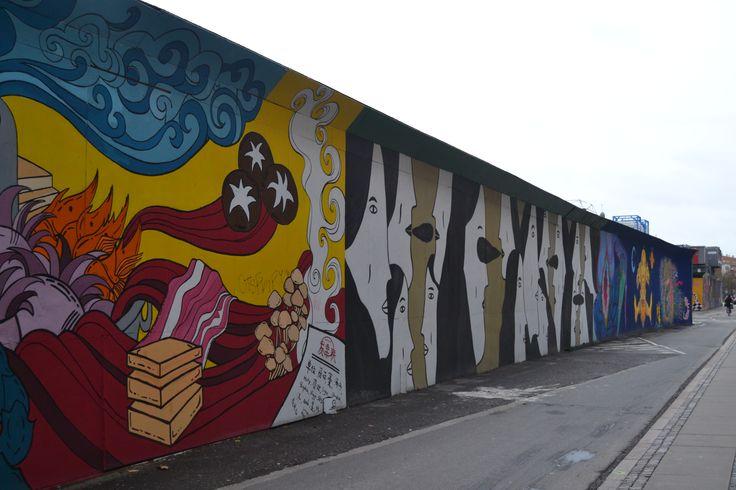Perderse por estos barrios no forma parte del principal recorridoturísticoal visitar Copenhague pero no recorrerlos sería un verdadero crimen. Pasear por Vesterbro, Nørrebro y Østerbroharán que …