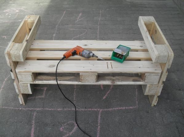 8869 best images about palety on pinterest pallet planters shipping pallets and outdoor pallet. Black Bedroom Furniture Sets. Home Design Ideas