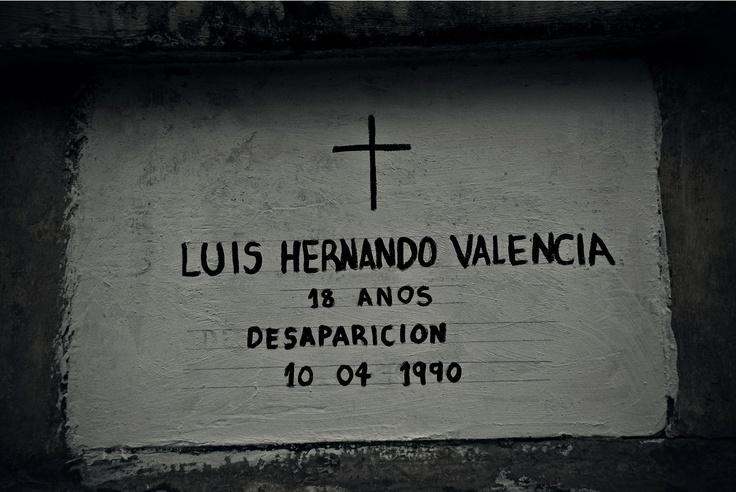 Ángeles en el limbo (XVII)  Crédito: Rodrigo Grajales, 2012.