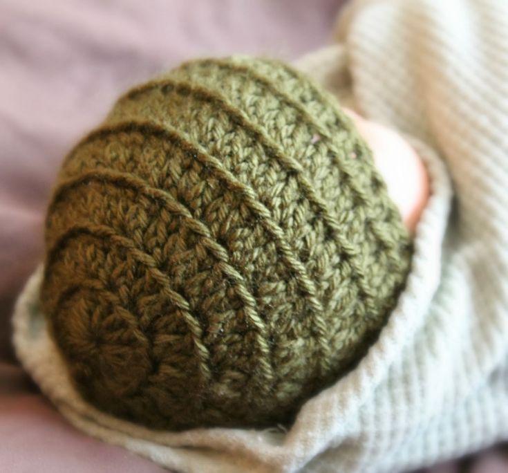 Simply Britney: Preemie Crochet Hat