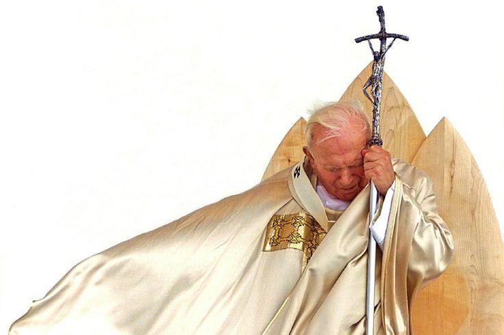 5 of the Best St. John Paul II Quotes for Catholic Singles | CatholicMatch.com