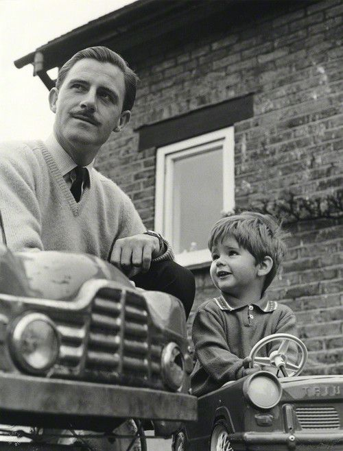 Graham Hill with his son, Damon.......Both F1 World Champions.