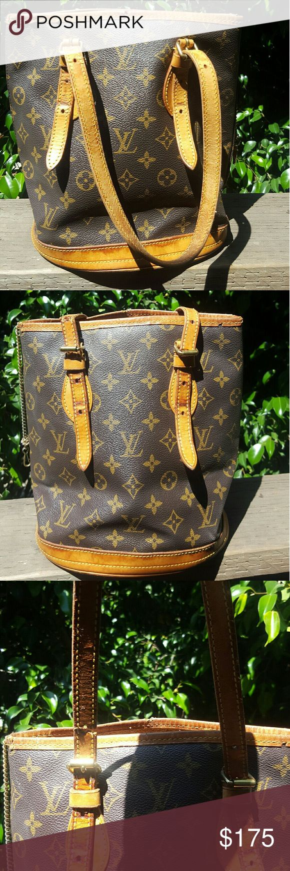 Authentic Louis Vuitton bucket PM bag Used condition 100% Authentic Louis Vuitton Bags