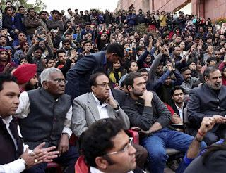 JNU STUDENTS ARE ANTI-NATIONAL, SAYS RAHUL GANDHI IN SPEECH