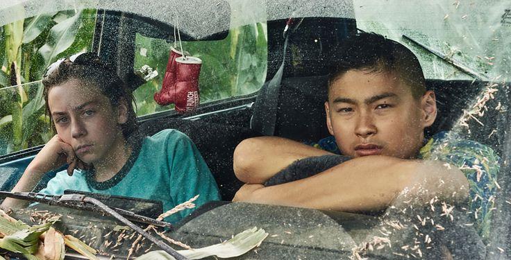 """""""Tschick"""" - Zwei 14-Jährige fahren mit einem geklauten Auto in den Sommer ihres…"""