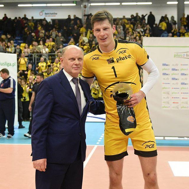 Nasz Srećko #MVP Lisinac   Jego 24 pkt.nie mogły przejść bez echa   #TeamSkra #brawoSrećko #jakontorobi #Srećko #show #PlusLiga #volleyball  @piotrowskipawel_