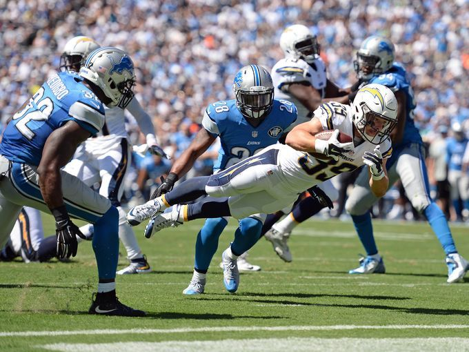 PHOTOS:    S.D. 33, Detroit 28: Lions melt in season-opening loss - By Dave Birkett, Detroit Free Press 10:05 p.m. EDT September 13, 2015 - (Photo: San Diego Chargers running back Danny Woodhead (39) scores a second quarter touchdown against the Detroit Lions at Qualcomm Stadium.   Jake Roth-USA TODAY Sports)