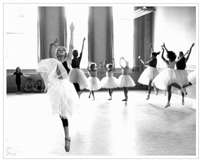 I think dancers are beautiful!
