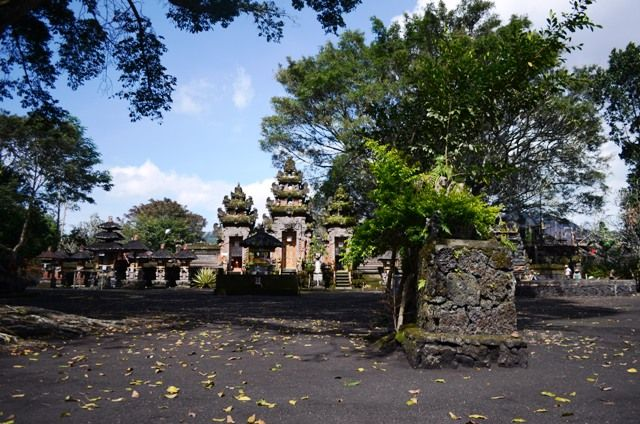 バリ島 幸運の寺院&中国の物語 - ランカウイ島&バリ島~尾島のひとりごと~
