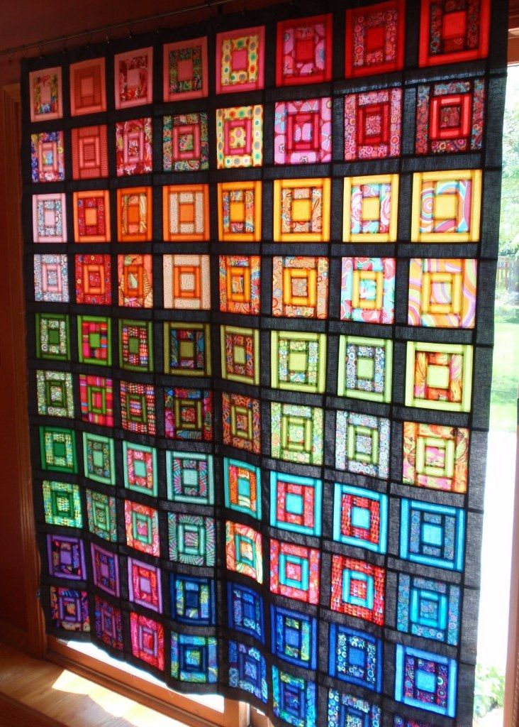 LOVE LOVE LOVE this!  Reminds me of a stained glass window.    http://www.ohfransson.com/oh_fransson/paintbox-quilt-along.html