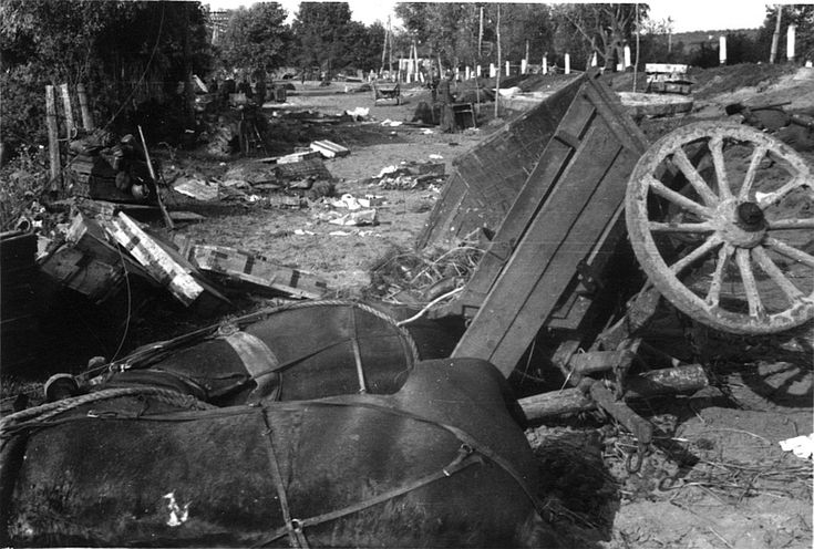 Zerstörter Konvoi, wohl 1944-45