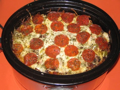 Crock Pot Pizza Pasta--After reading the comments, I would use pizza sauce and check after 4 1/2 hours. !!