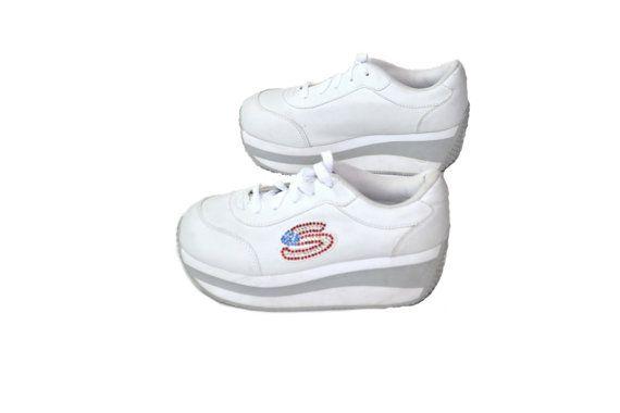 Platform Sneakers, Skechers Platform, Shoes, Sneakers, 90s Shoes, White Skechers, Size 7