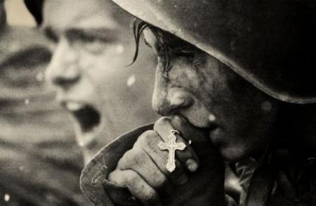 Ρώσοι στρατιώτες προετοιμάζονται για την μάχη του Κουρσκ , Ιούλιος του 1943
