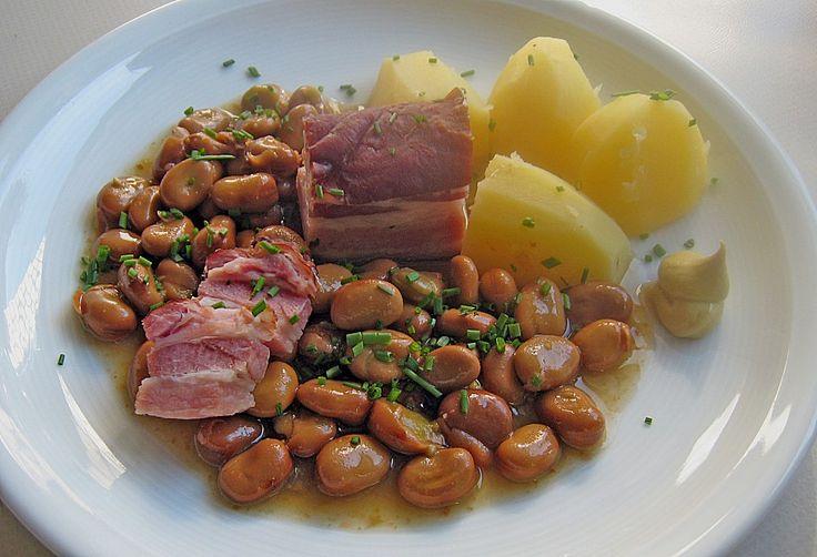Dicke Bohnen westfälische Art, ein tolles Rezept aus der Kategorie Kochen. Bewertungen: 8. Durchschnitt: Ø 3,9.