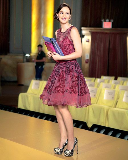In Season 6 Blair Waldorf (Leighton Meester) looked picture perfect wearing a Valentino dress and Brian Atwood platform pumps.