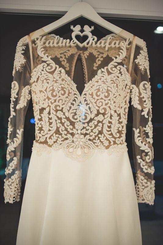 Casamento clássico: vestido de noiva por Solaine Piccoli