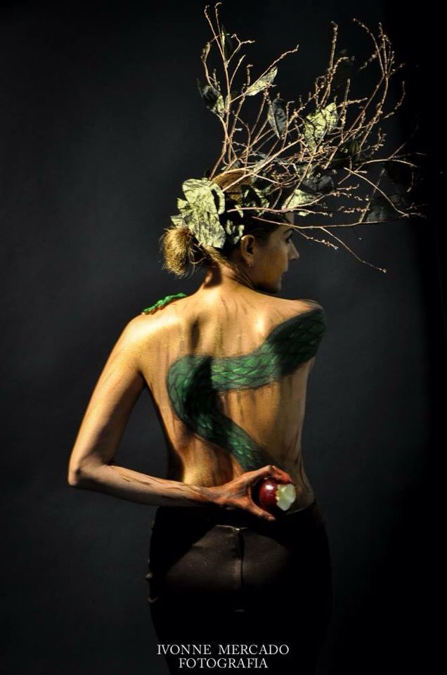 bodypaint monterrey marco photographer ivonnemercado photoart nuevoleon mty espalda snake apple tree manzana arte serpiente arbol