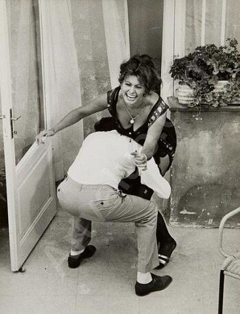 Sophia Loren et Marcello Mastroianni - Hier, aujourd'hui et demain (Ieri, oggi…