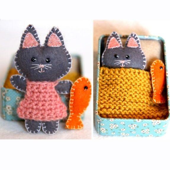 Lag papireske eller pynt en ferdigeske, strikk dyne, sy katt og fisk, lag pute ved å sy, tove e.l.