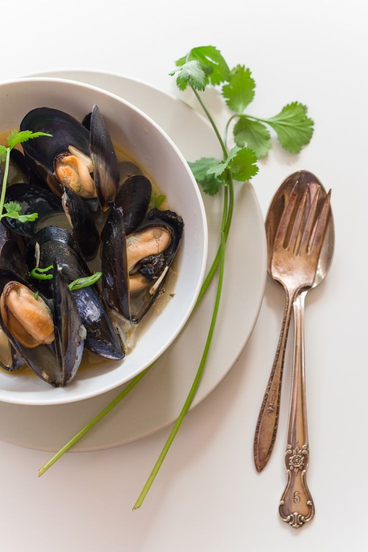 Mediterranean Mussel au vin blanc #new recipe  and story #inspiration @ms_living  | Au Petit Goût