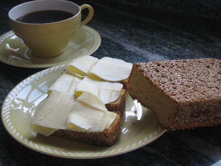 Ljust rostbröd (lchf) - recept - Lågkolhydratbröd - Matbröd iFokus