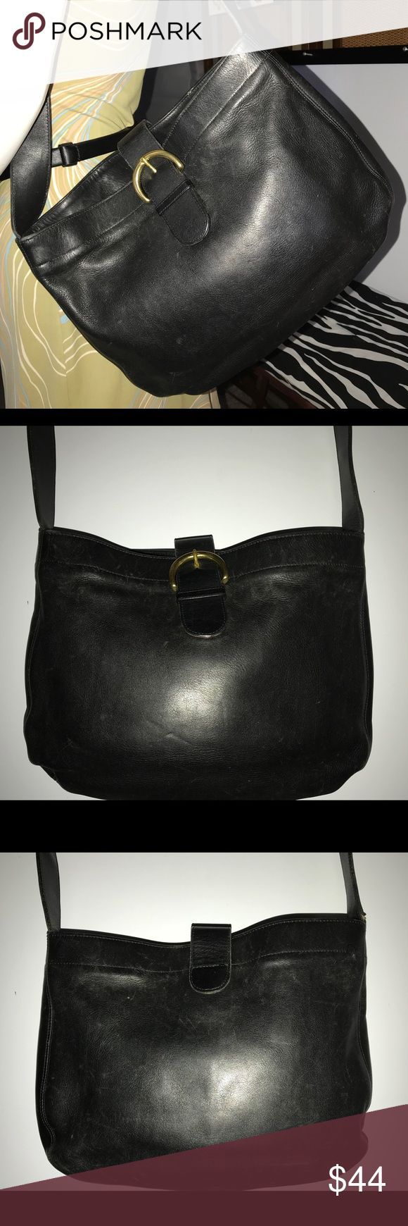 🐎 VTG COACH SOHO HOBO Buckle Flap Shoulder Bag Vintage Legacy Coach Bag In Very Good Condition   • F7C - 4166 • Made In USA • Buckle Flap Closure  • Bronze Hardware  • Normal Signs Of Wear  • Reasonable Offers Welcome  • Satisfaction Guaranteed Coach Bags Hobos