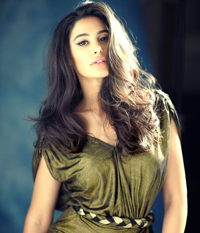 Nargis Fakhri #Fashion #Style #Bollywood #Beauty