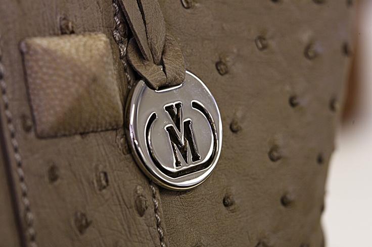the Via La Moda mark.