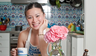 Poh Ling Yeow is supporting http://www.biggestmorningtea.com.au/