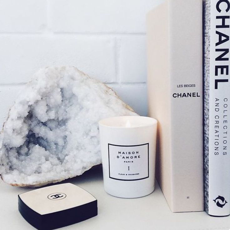 What girl doesn't love a little Chanel in her life? ✖
