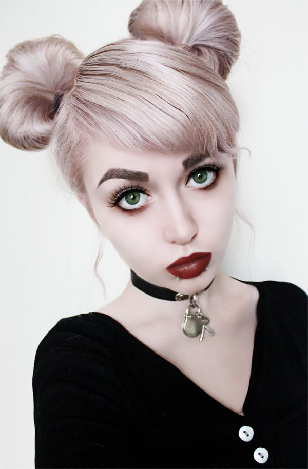 Isn't she just adorable? The cutest little thing ever! Beautiful pastel silver hair and gorgeous gothic makeup