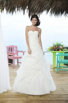 2014 Sweetheart Lace Bodice Ball Gown Wedding Dress Pick Up Bubble Skirt With Jacket US$ 319.99 TPPMBLRRCY - TonyPromDresses.com for mobile