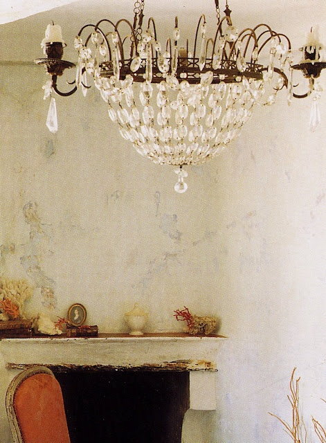 chandelier: Decor, Rustic Wall, Lights Fixtures, Shabby Chic, French Country Home, Interiors Design, Crystals Chandeliers, Candles Chandeliers, Faux Paintings Finish