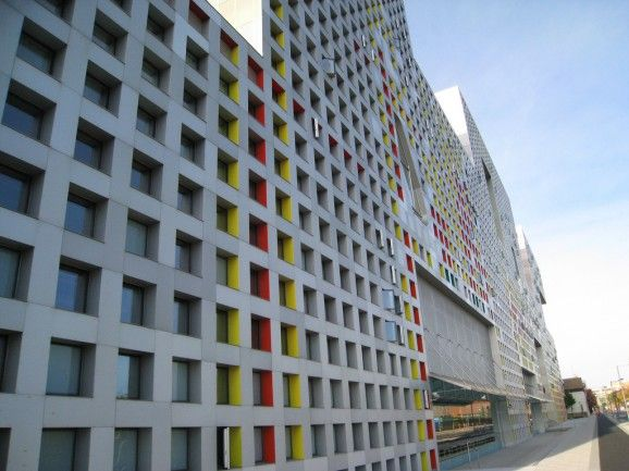 cambridge-mit-simmons-hall-dorm-steven-holl-from ...