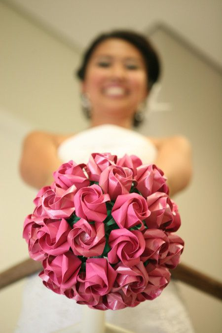 Bouquet de rosas {noiva}. Origami wedding bouquet.