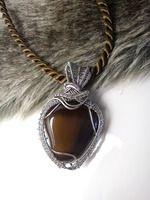 Zirnitra - šperky z minerálov, drôtená tvorba, kamene a minerály, všetko ručne robené autorské osobné šperky, polodrahokamy podľa vašeho výberu. Autorské šperky z nerezu, medi a mosadzi.